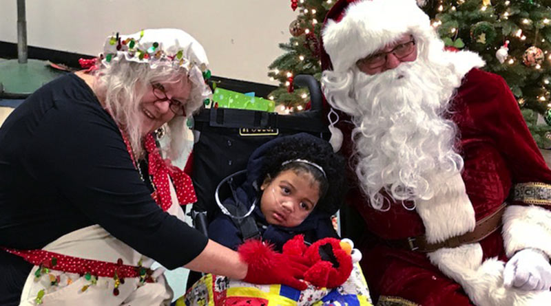 Union members give Christmas cheer to disabled students